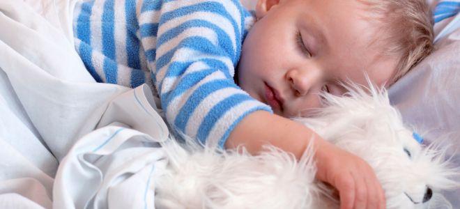 आराम संे सोता बच्च्चा