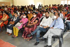 कार्यक्रम में मौजूद प्रतिभागी